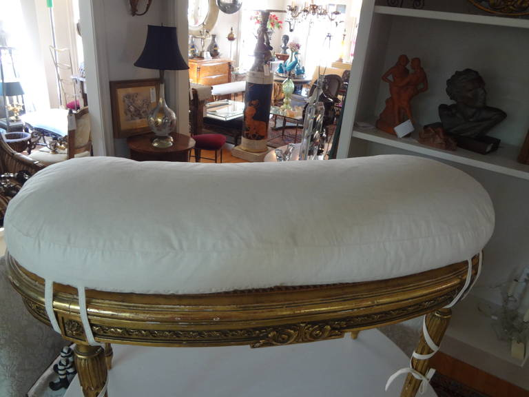 19th century french louis xvi style giltwood banquette at 1stdibs. Black Bedroom Furniture Sets. Home Design Ideas