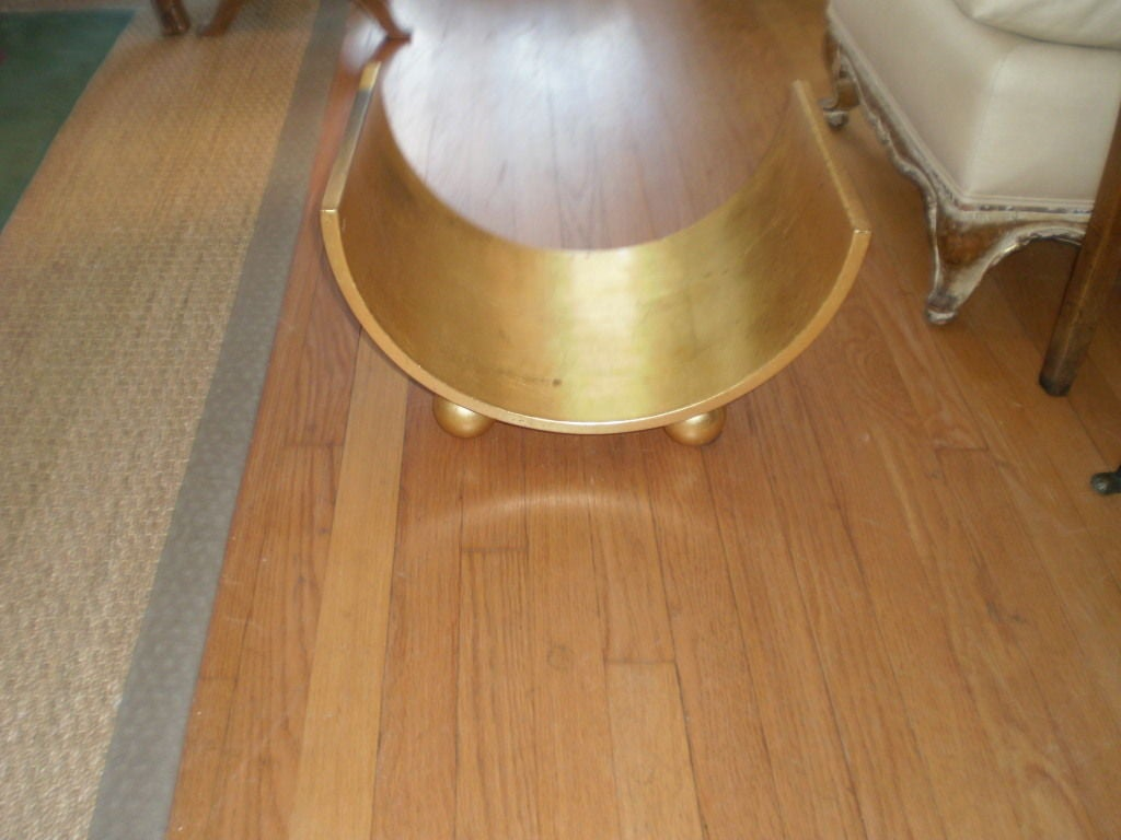 Italian Mid Century Gilt Wood Magazine Holder In Good Condition For Sale In Houston, TX