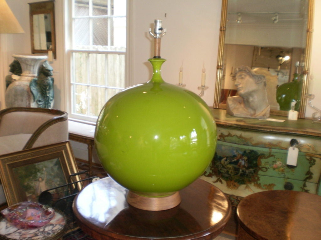 monumental lime green table lamp at 1stdibs. Black Bedroom Furniture Sets. Home Design Ideas