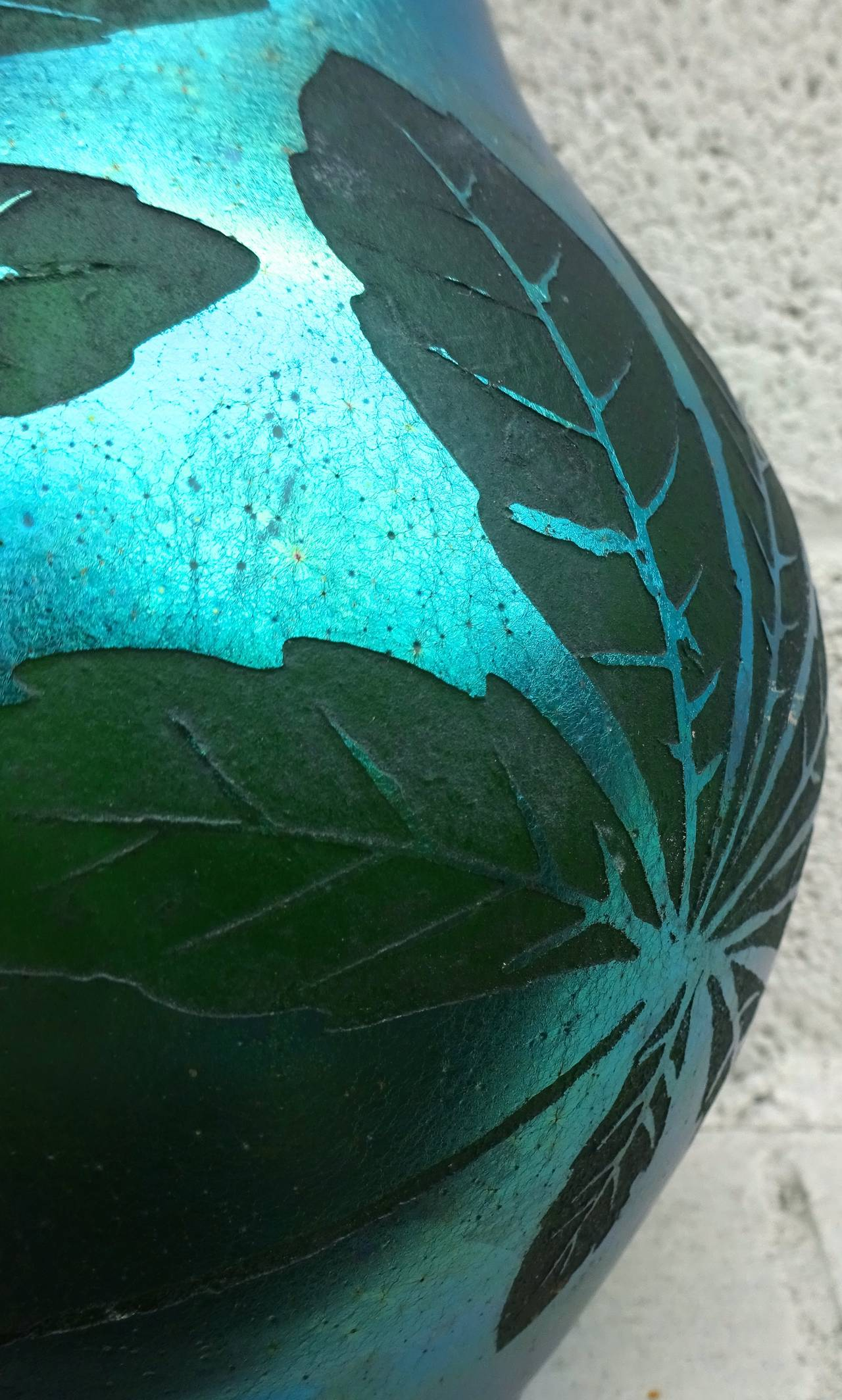 Stunning French Deco iridescent acid etched art glass vase, 1920s.
