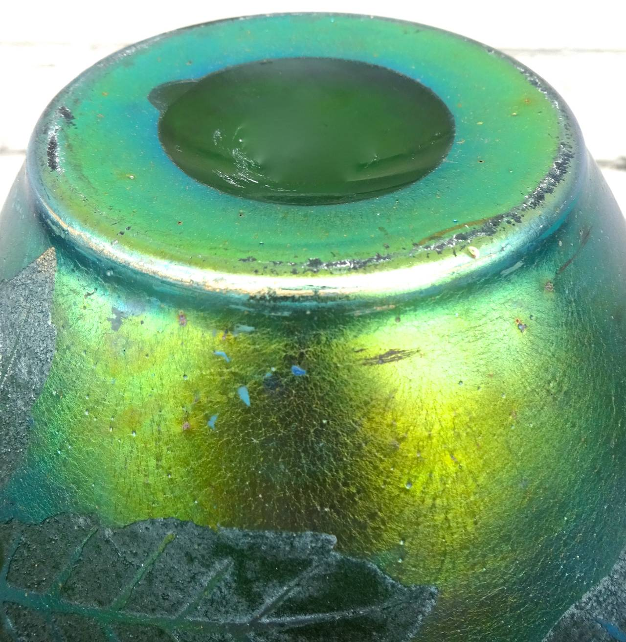French Deco Iridescent Acid-Etched Art Glass Vase, 1920s For Sale 6