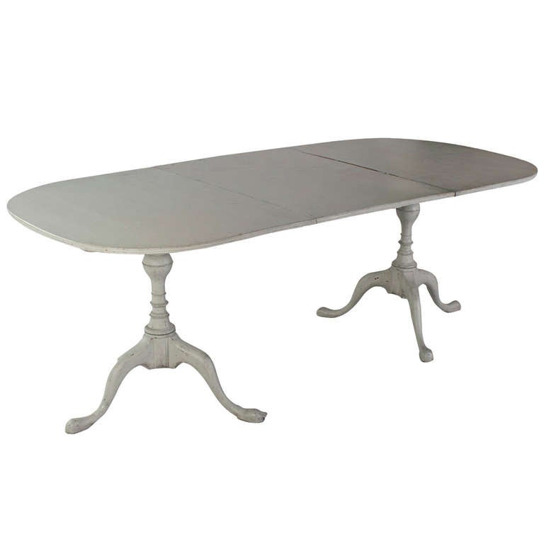 Gustavian two pillar dining table at 1stdibs for Pillar dining table