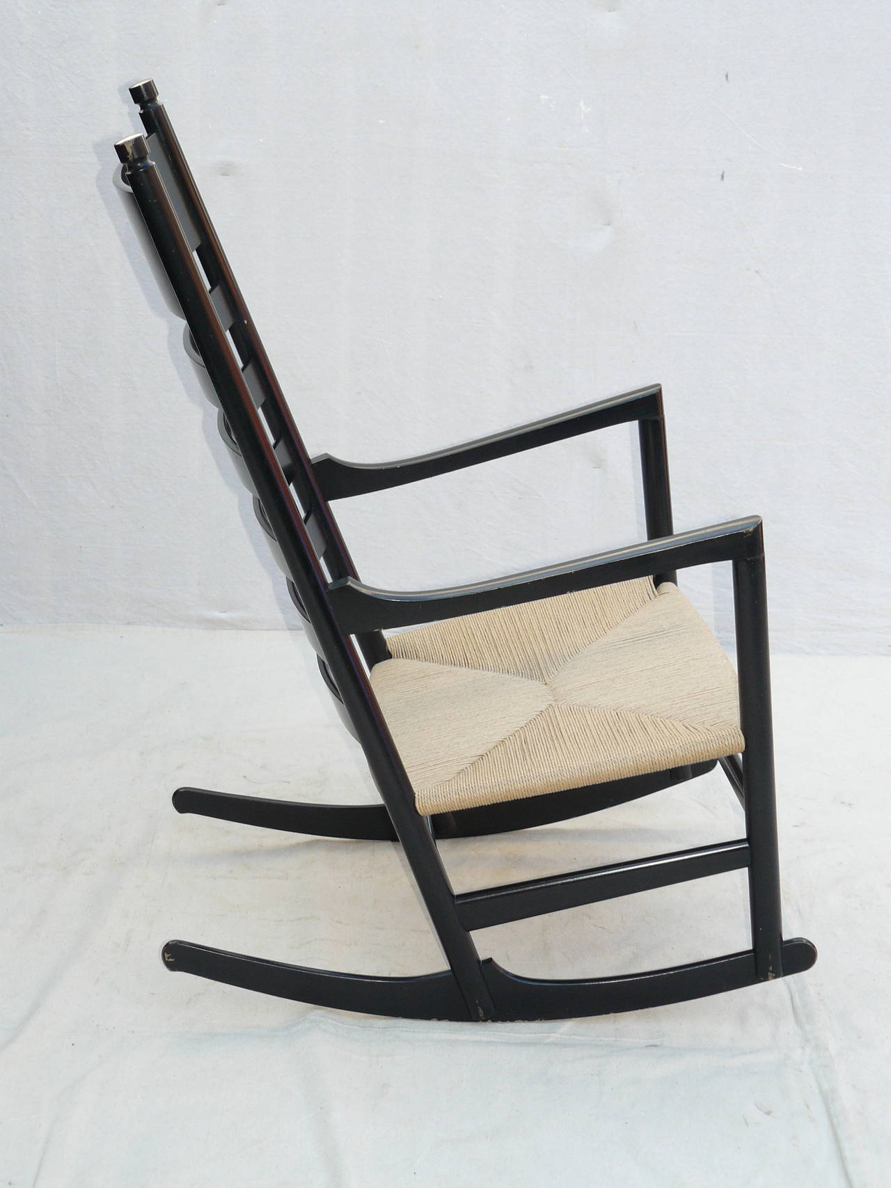 Shaker Rocking Chair By Hans J Wegner Image 3 Pictures To Pin On . Full resolution‎  portraiture, nominally Width 1280 Height 1706 pixels, portraiture with #7D6C4E.
