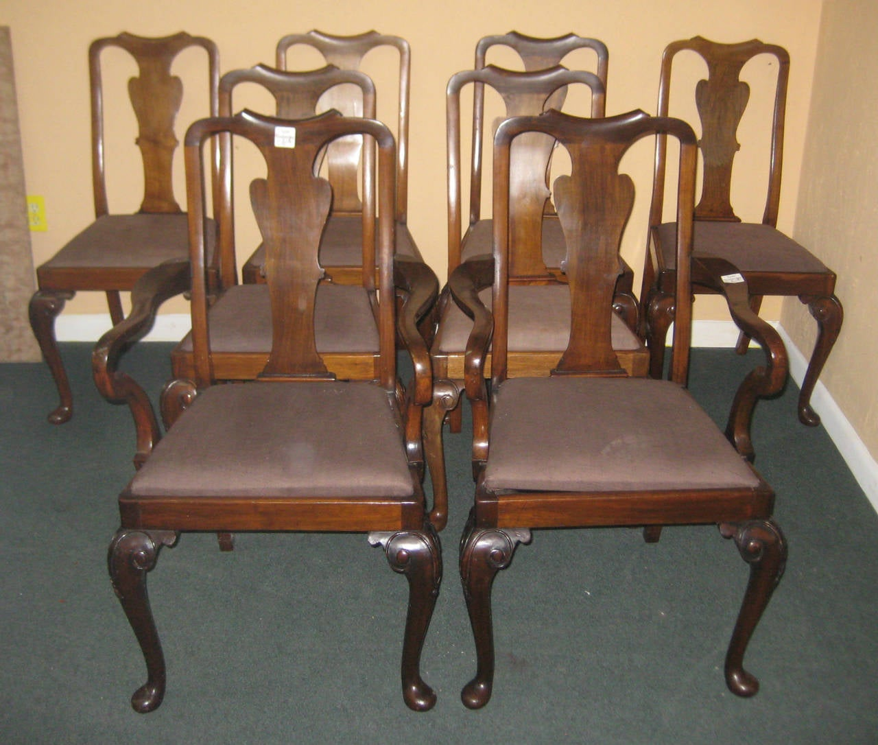 Set of eight queen anne mahogany dining chairs at 1stdibs for Dining room chairs queen anne