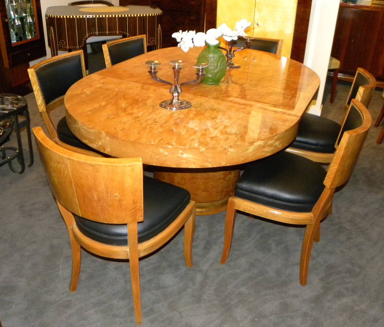 art deco round mid century dining table and chairs at 1stdibs. Black Bedroom Furniture Sets. Home Design Ideas