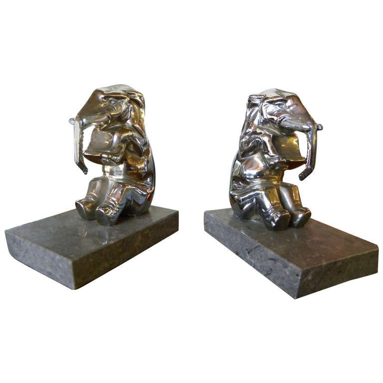 chrome plated elephants bookends french art deco for sale at 1stdibs. Black Bedroom Furniture Sets. Home Design Ideas