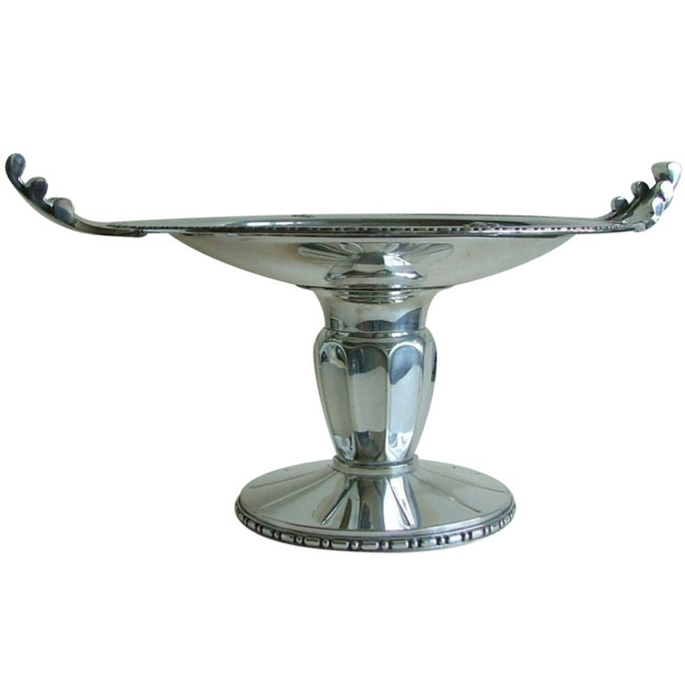 Exceptional Silver Plated Bronze Tazza or Coupe, French Art Deco For Sale