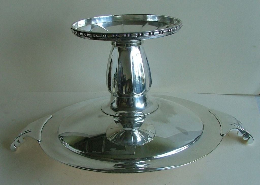 Exceptional Silver Plated Bronze Tazza or Coupe, French Art Deco For Sale 2