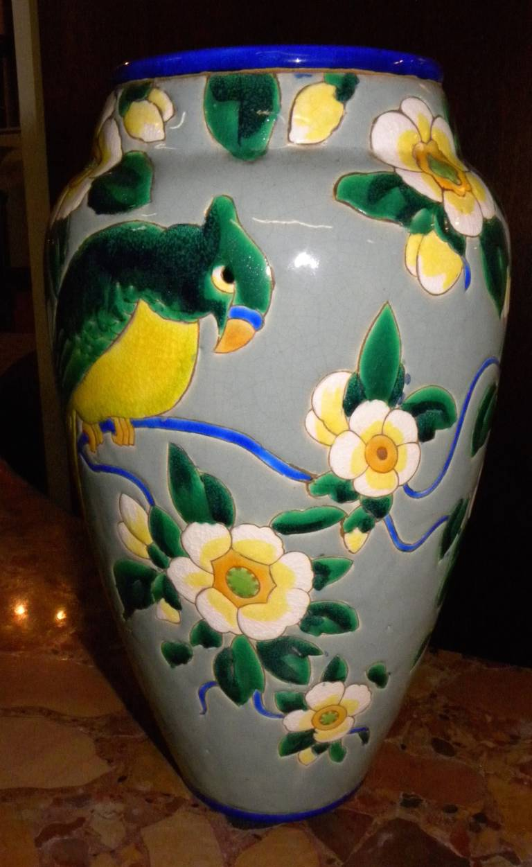 Boch Catteau Era Ceramic Vase with Bird In Excellent Condition For Sale In Oakland, CA