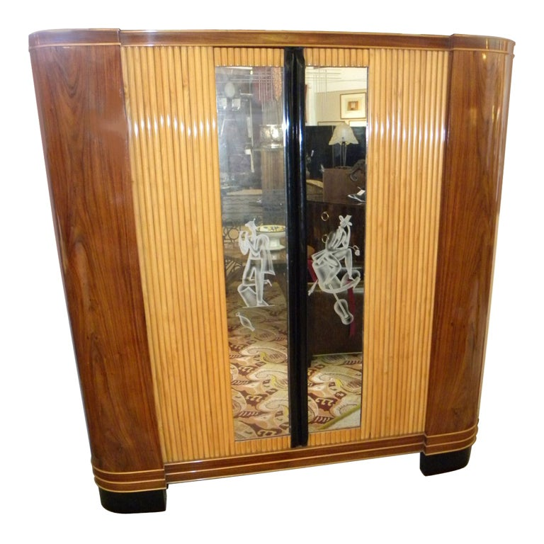 italian art deco rosewood armoire at 1stdibs. Black Bedroom Furniture Sets. Home Design Ideas