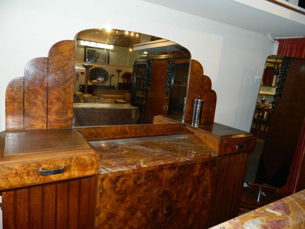 Stunning French Art Deco Buffet with Matching Mirror 1930's For Sale 2