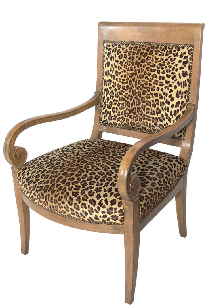 Hollywood Regency Curvaceous Armchair in Original Leopard Upholstery For Sale