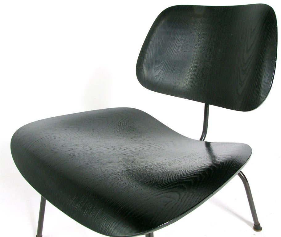 Iconic charles and ray eames lcm lounge chair at 1stdibs Iconic eames chair