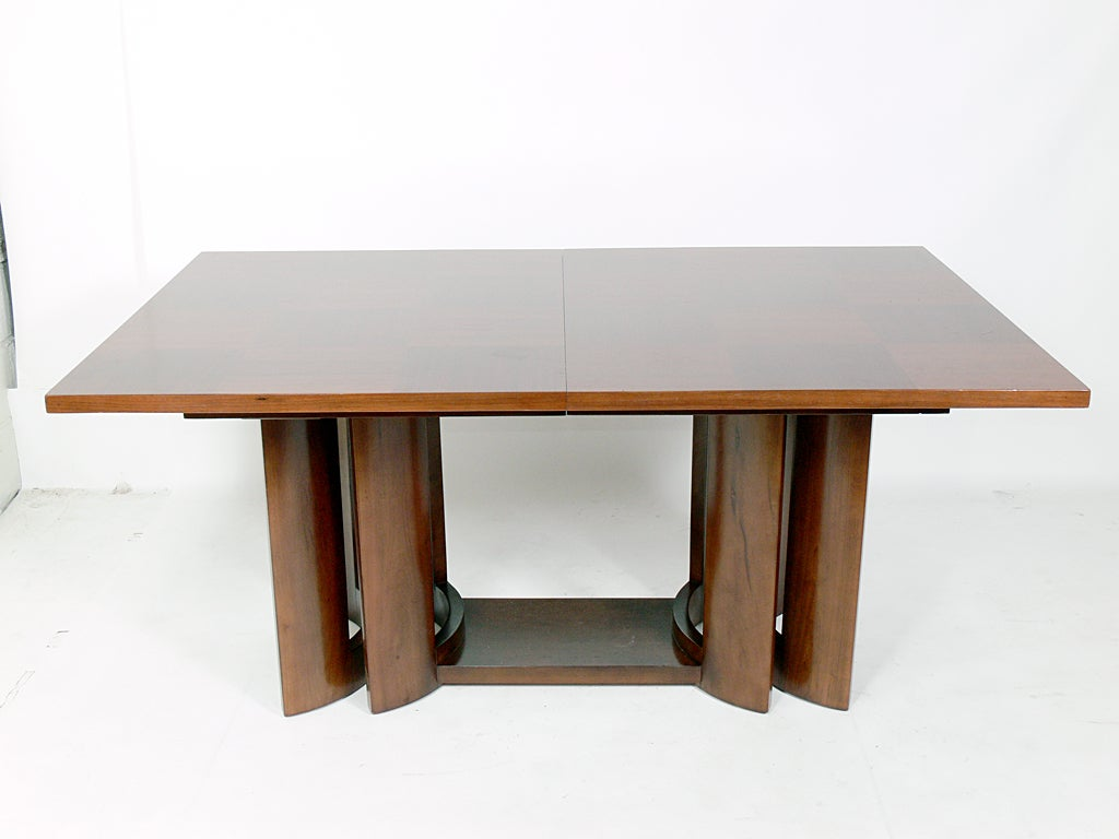 how to keep dining table clean