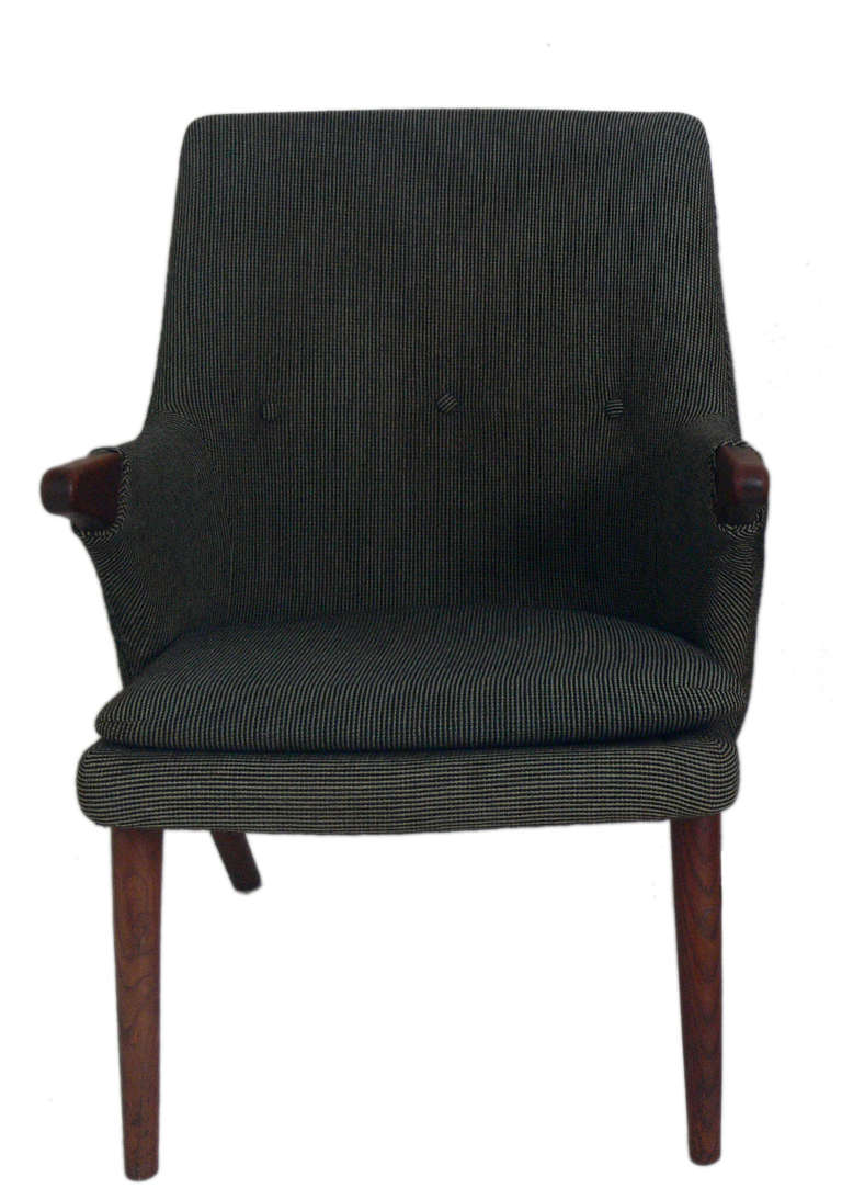 Danish Modern Armchair in the Manner of Hans Wegner For Sale at 1stdibs