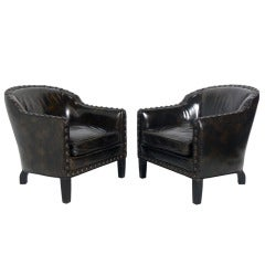 Pair of Low-Slung Petite Lounge Chairs in Original Tortoise Leather with Brass Nailhead Trim