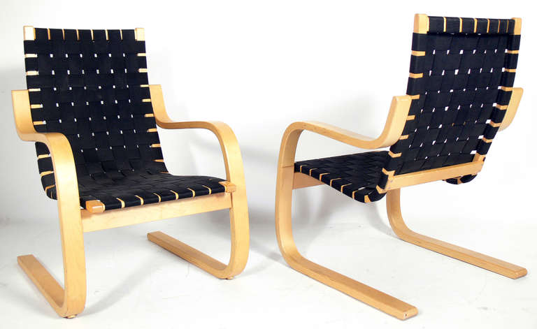 Pair Of Bentwood Modern Lounge Chairs By Alvar Aalto At