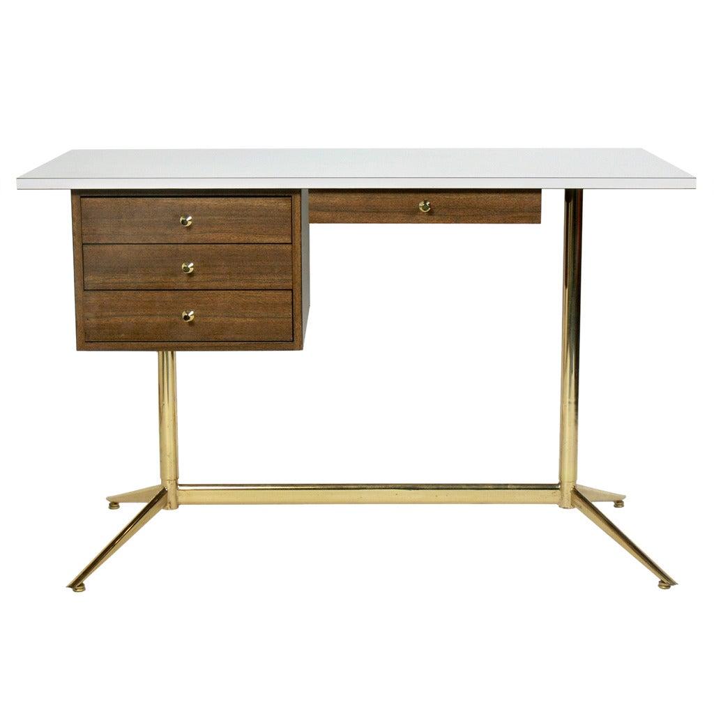 Modernist Desk in the manner of Paul McCobb