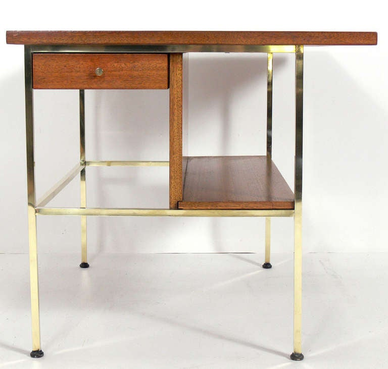 Pair of Modernist Nightstands or End Tables by Paul McCobb 3