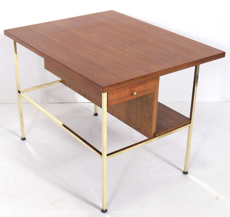 Pair of Modernist Nightstands or End Tables by Paul McCobb 4