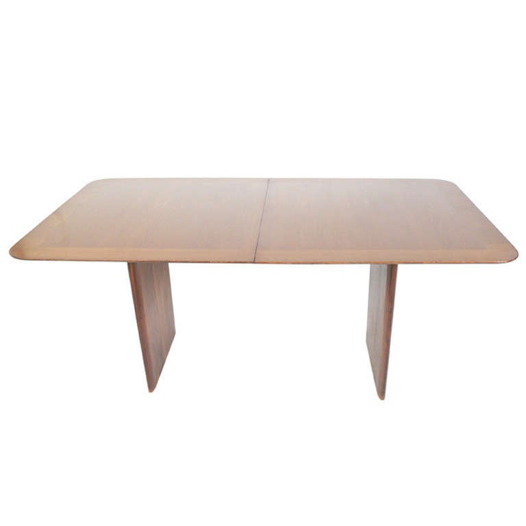 Elegant Modern Dining Table By T H Robsjohn Gibbings For