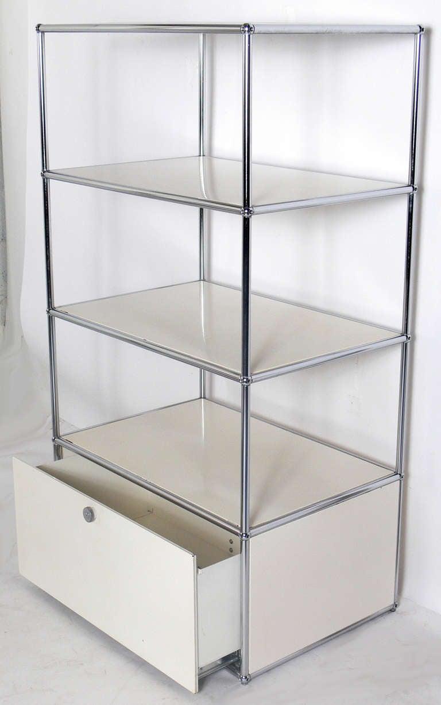 vintage usm haller white bookshelf or vitrine at 1stdibs. Black Bedroom Furniture Sets. Home Design Ideas