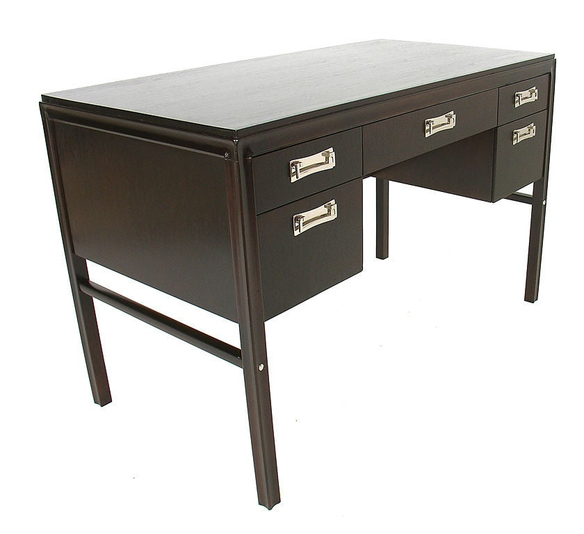 The Perfect Nyc Apartment Desk At 1stdibs