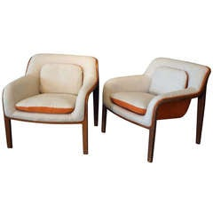 A pair of 20th Century Knoll Upholstered Armchairs