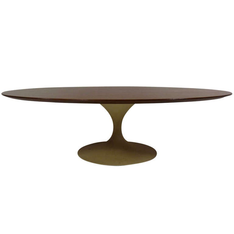 Eero Saarinen For Knoll Oval Coffee Table At 1stdibs