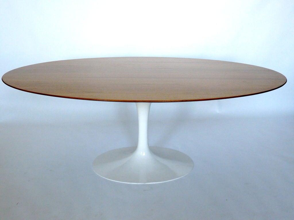 Saarinen knoll vintage oval dining table at 1stdibs - Saarinen oval dining table ...
