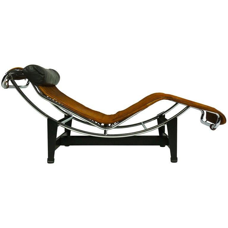 Lc4 chaise longue by le corbusier mfg by cassina at 1stdibs for Chaise longue le corbusier pony