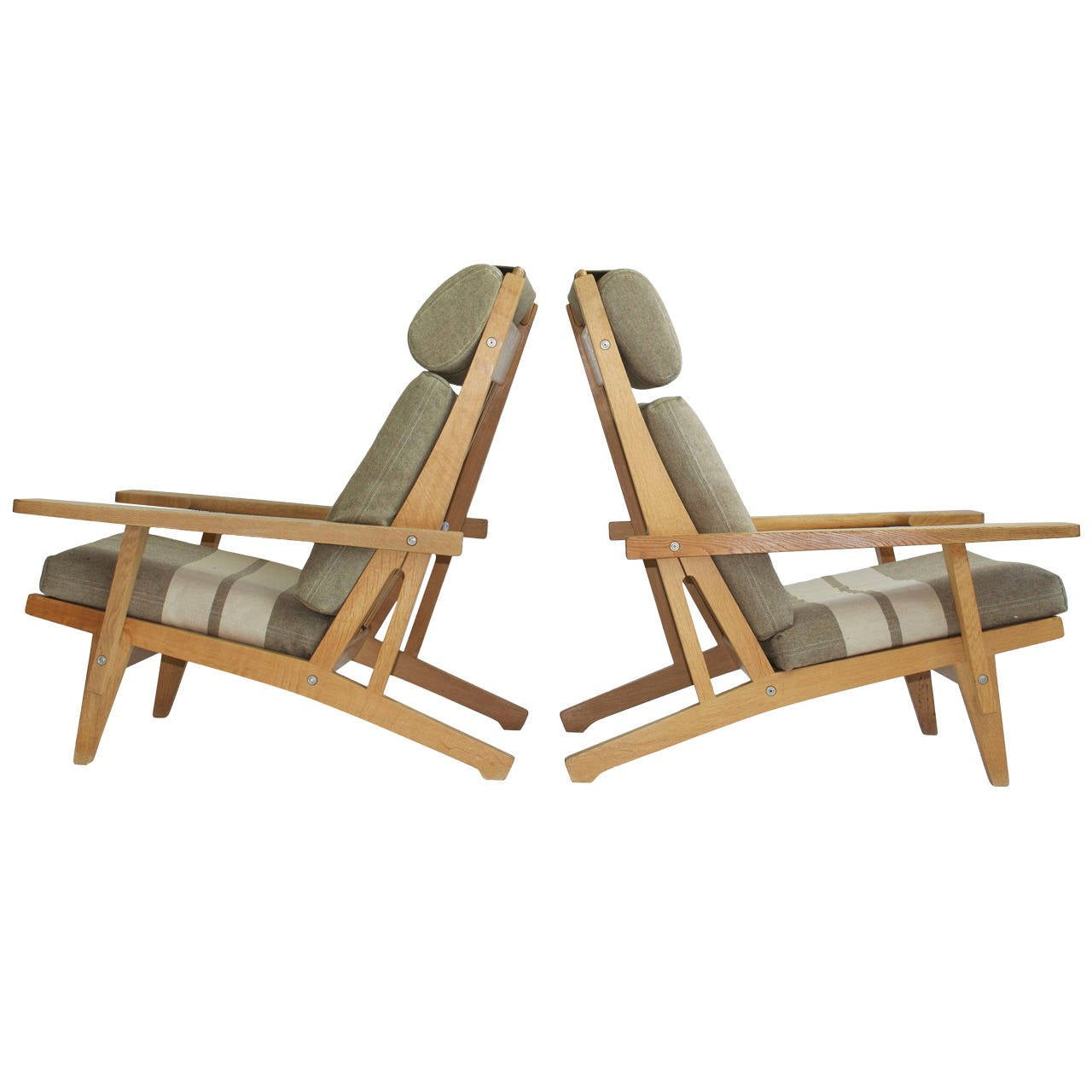 Pair of Wide Arm Lounge Chairs by Hans Wegner For Sale