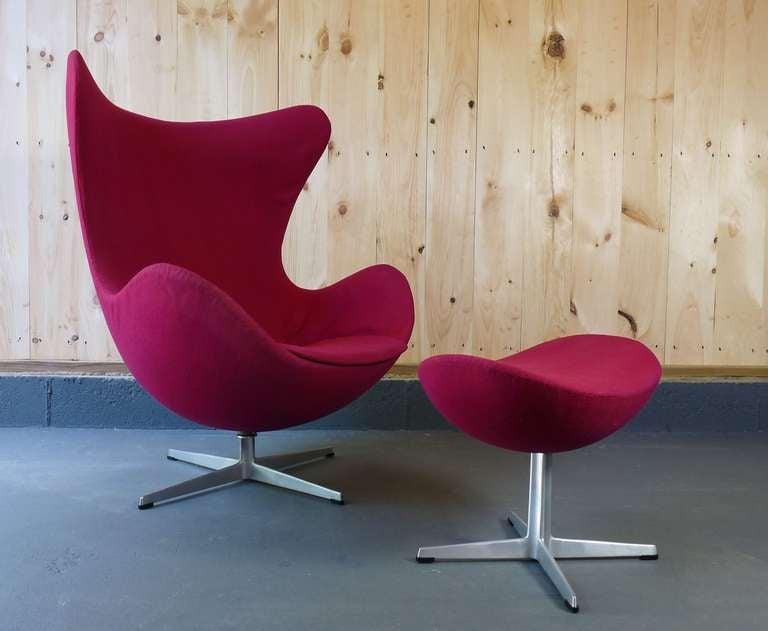 Arne Jacobsen Egg Chair And Ottoman For Fritz Hansen.