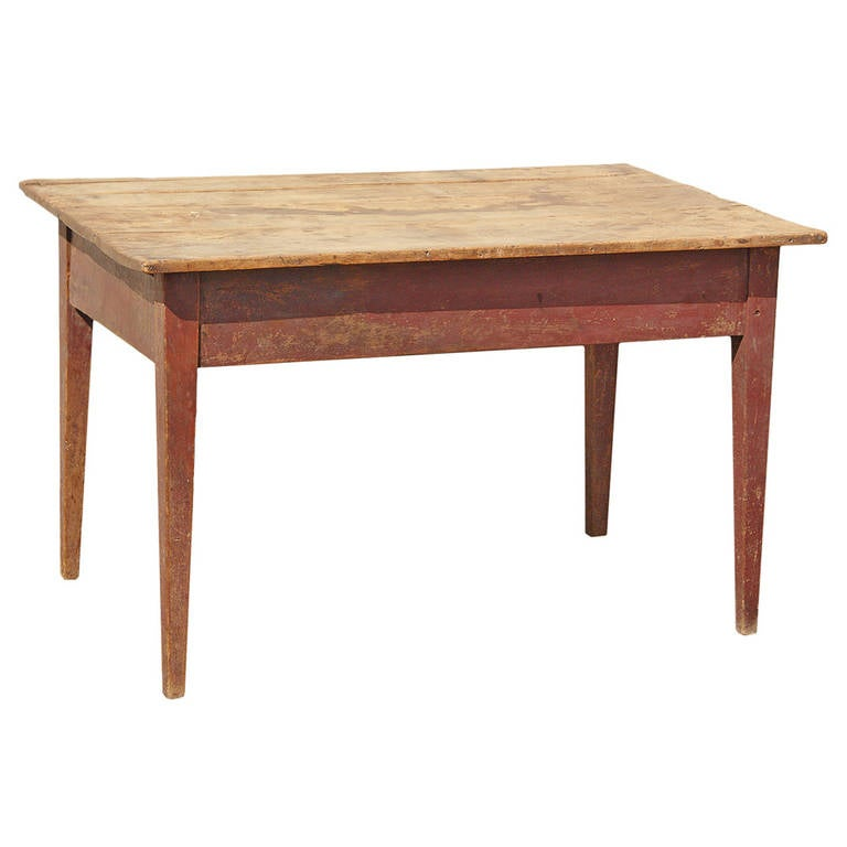 19th Century American Walnut Farm Table For Sale at 1stdibs