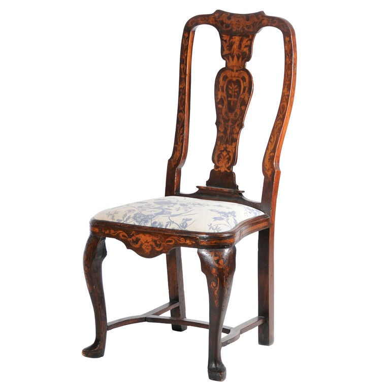 Walnut queen anne side chair at 1stdibs for Different styles of chairs