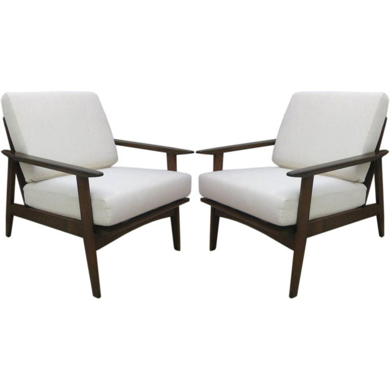 Pair Of Mid Century Modern Danish Lounge Chairs At 1stdibs