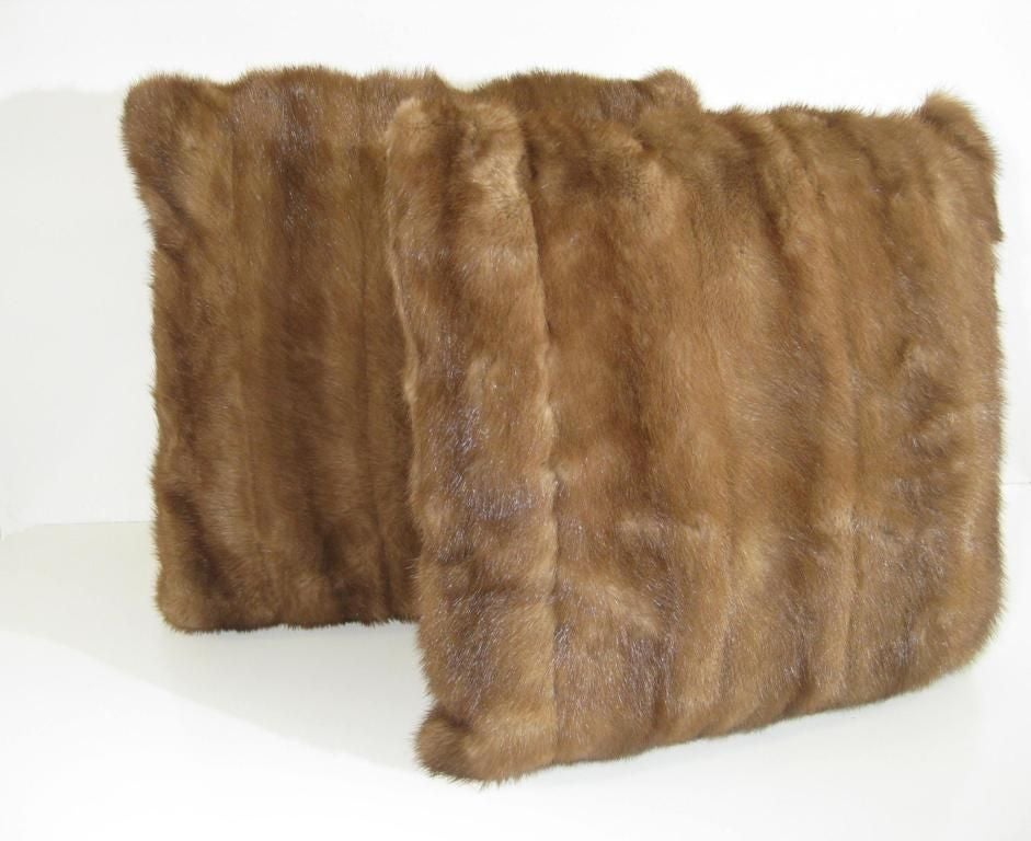 American Selection of Luxurious Single and Pairs of Mink, Fox, Fur Pillows For Sale