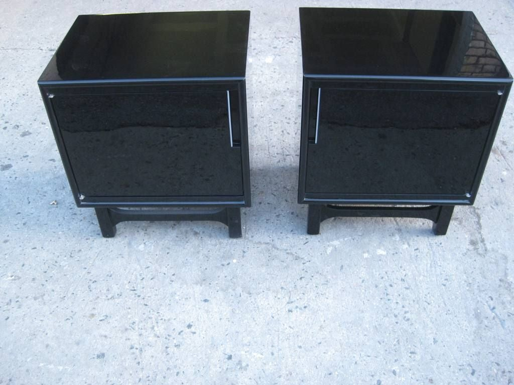 Black Lacquer Pair Of Mid Century Modern Bedside End Tables 3