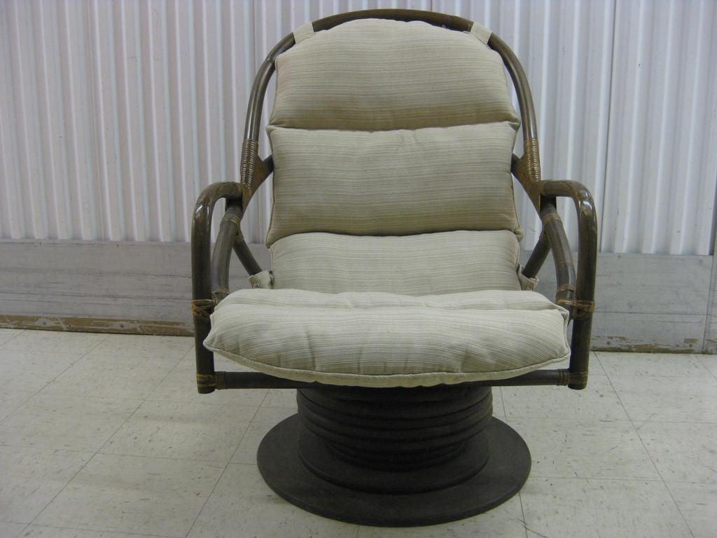 Pair Of Rattan Swivel Rocking Lounge Chairs At 1stdibs