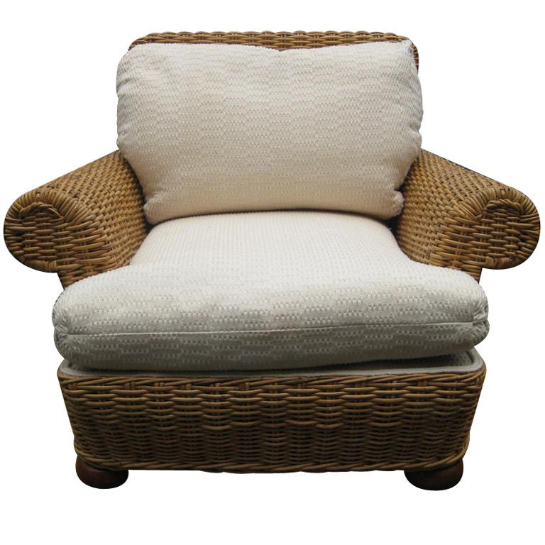 Vintage Sunroom Wicker Lounge / Club Chair For Sale