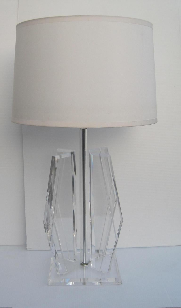 Pair of exceptional lucite table lamps for sale at 1stdibs pair of exceptional lucite table lamps 2 geotapseo Images