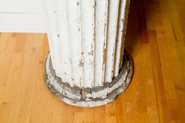 Ionic Column In Good Condition For Sale In Montreal, QC