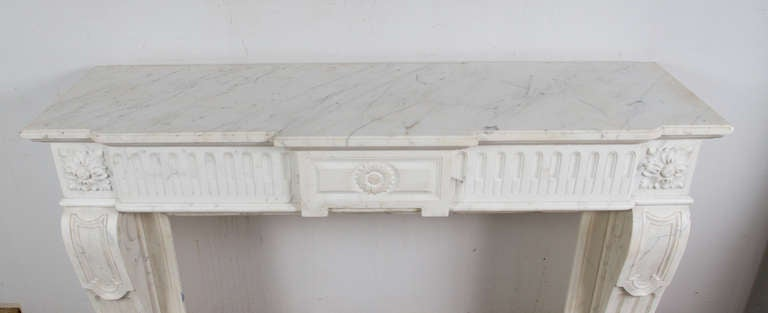 Louis XVI Marble Mantle For Sale 3