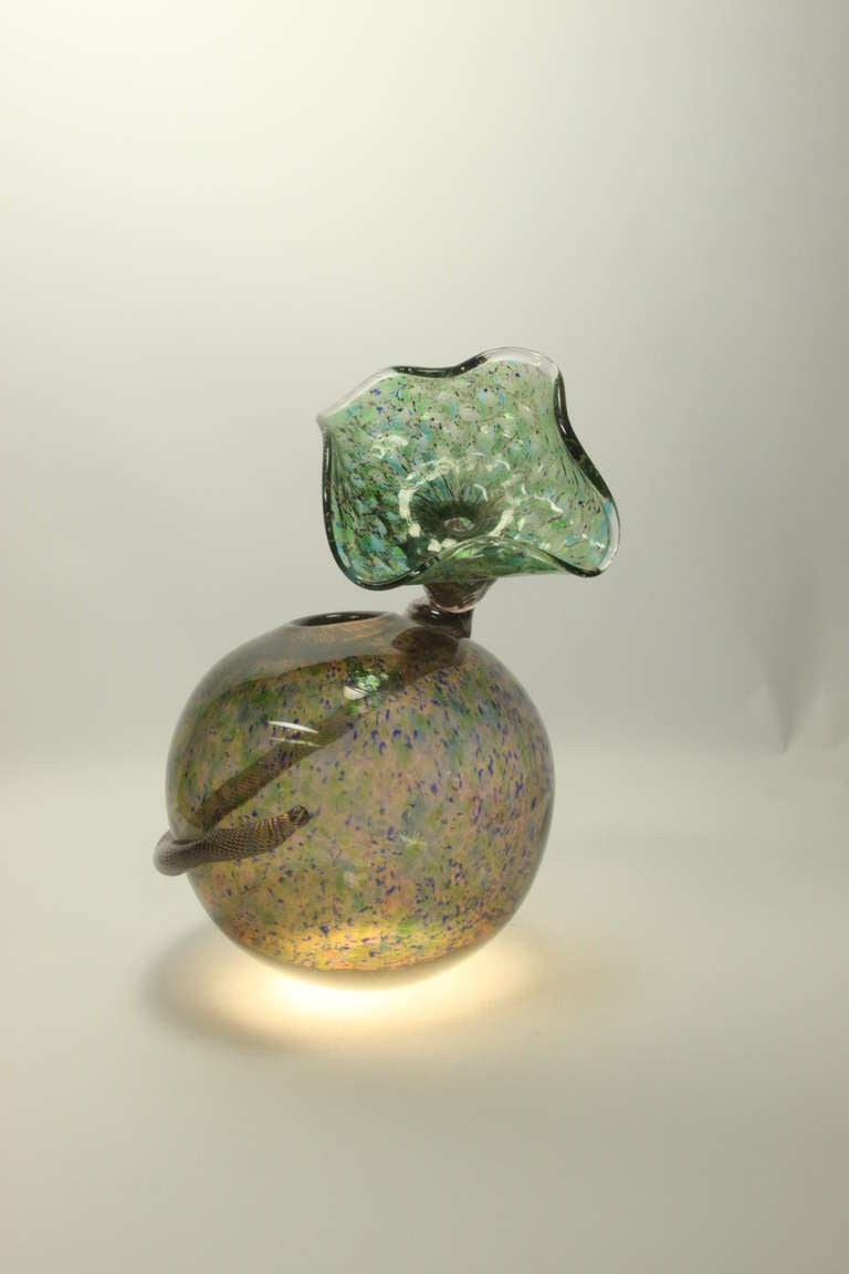 Rare Signed Handblown Art Glass Vase Richard Price In Excellent Condition For Sale In Montreal, QC