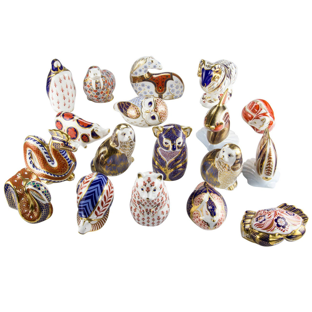 Royal crown derby collection of 18 porcelain figurines england at royal crown derby collection of 18 porcelain figurines england for sale reviewsmspy