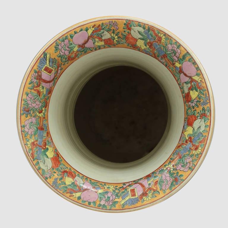 Mid-20th Century Impressive Mid-Century Modern Chinese Canton Rose Mandarin style Vase Estate For Sale
