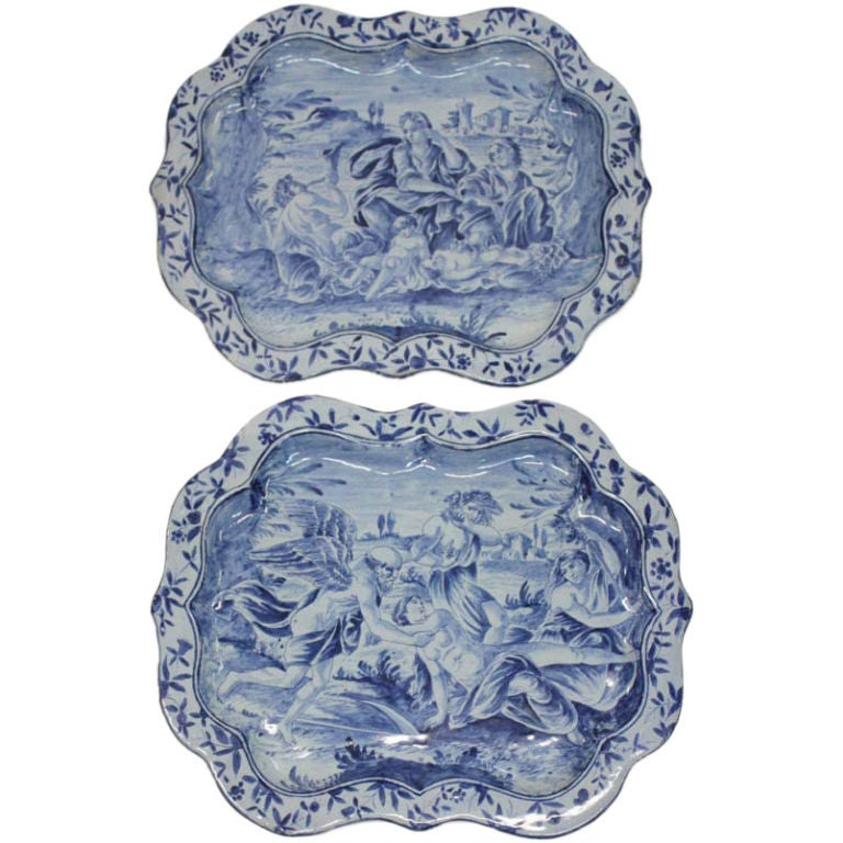 Pair of 18th Century Savona Platters
