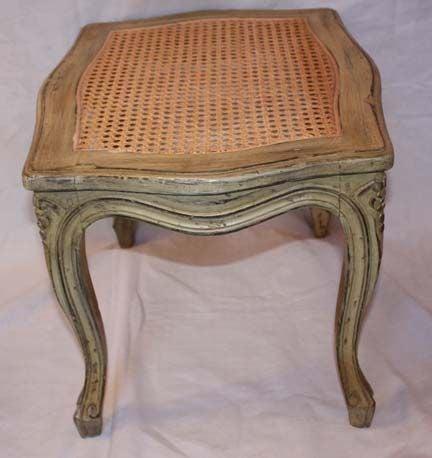 Pair of louis xv style boudoir stools at 1stdibs for Boudoir stoel