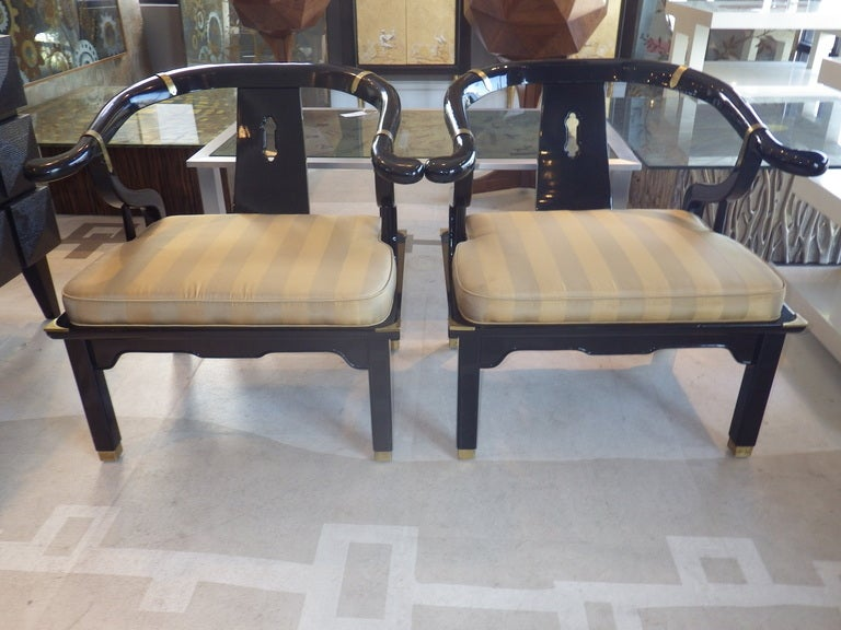 Pair of Lounge Chairs in the Manner of James Mont In Excellent Condition For Sale In Los Angeles, CA