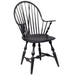 Continuous Brace-Back Windsor Arm Chair